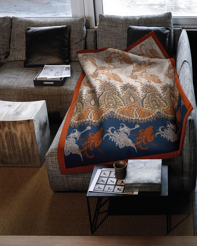 lario bassetti plaid. Black Bedroom Furniture Sets. Home Design Ideas