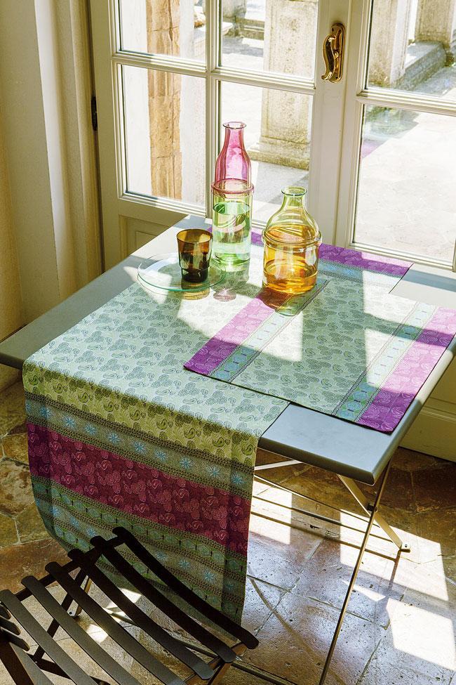 leonardo bassetti tischw sche. Black Bedroom Furniture Sets. Home Design Ideas