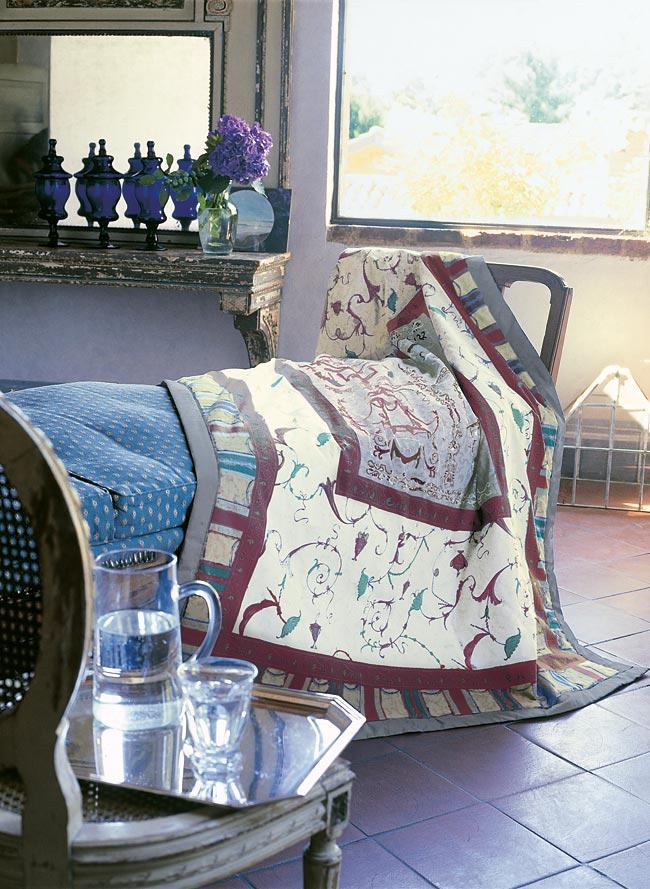 oplontis v3 bassetti plaid oplontis v3. Black Bedroom Furniture Sets. Home Design Ideas