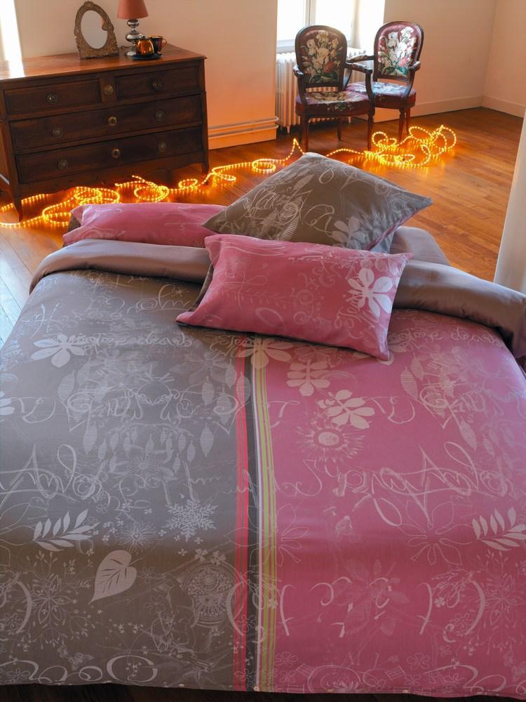 jardin imaginaire taupe garnier thiebaut bettw sche einfach wohlf hlen. Black Bedroom Furniture Sets. Home Design Ideas